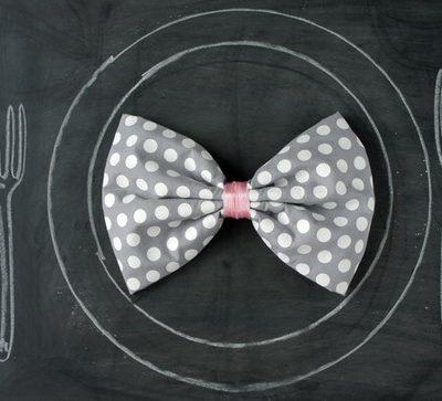 DIY Bow-Tie Napkins