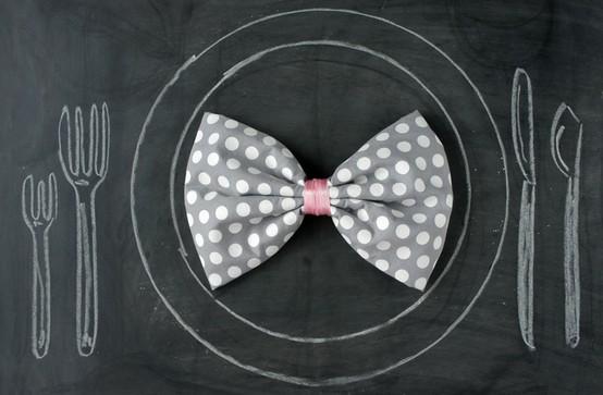 diy bow tie napkins glitter inc. Black Bedroom Furniture Sets. Home Design Ideas