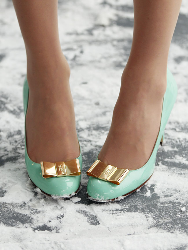 Snow Globe kate spade mint gold shoes heels