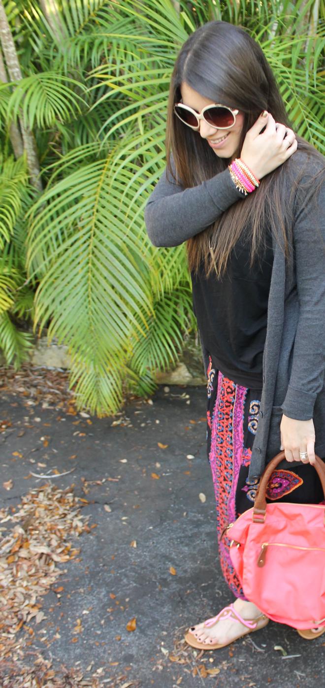 Lexi-Old-Navy-t-shirt-tee-tribal-skirt-cardigan-sandals-sunglasses-pose-_-glitterinc.com
