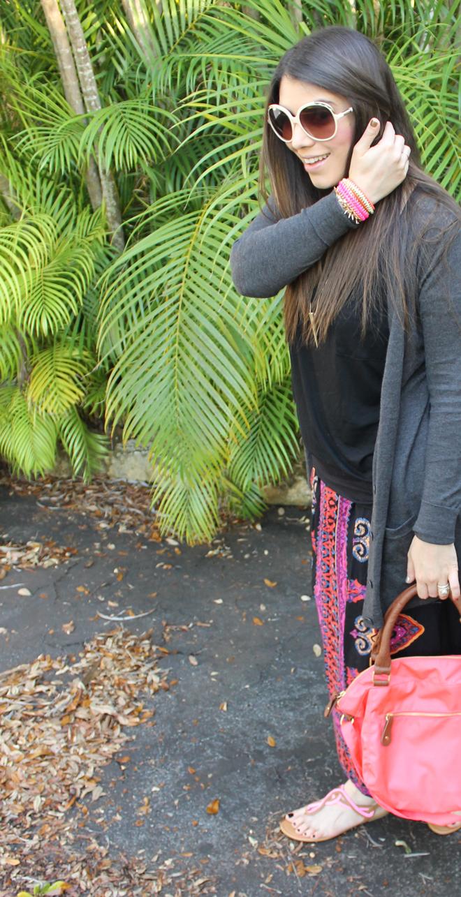 Lexi-Old-Navy-t-shirt-tee-tribal-skirt-sunglasses-sandals-2-_-glitterinc.com
