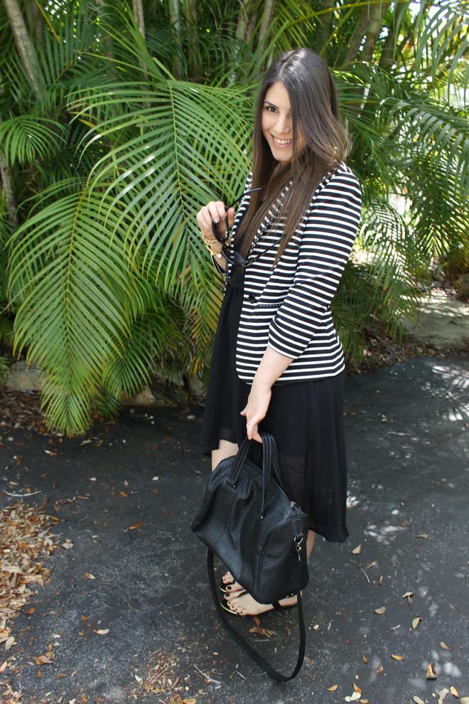 Lexi-TJMaxx-Style-Scout-black-and-white-trend-spring-blazer-stripes-purse-_-glitterinc.com