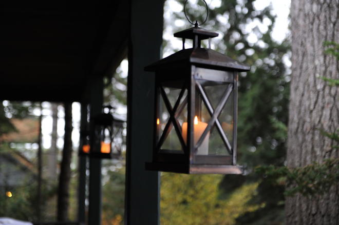 Lexi-and-Mike-Migi-Lodge-wedding-maine-lantern-_-glitterinc.com