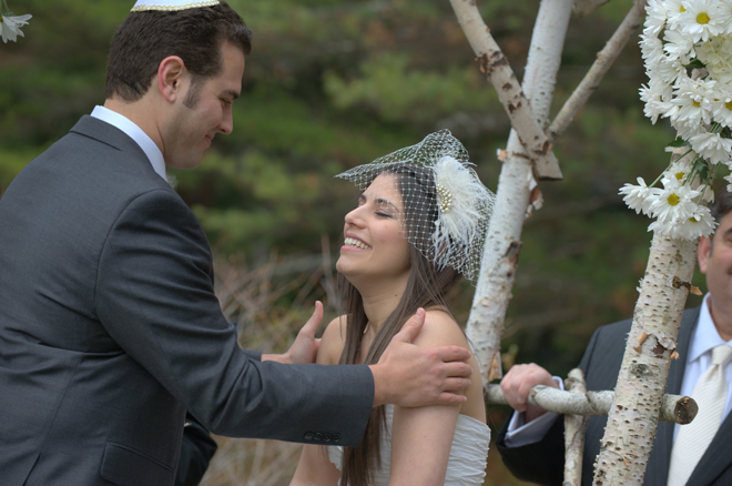 Lexi-and-Mike-wedding-Migi-Lodge-Maine-Fall-freezing-cold-oscar-de-la-renta-_-glitterinc.com
