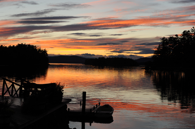 Lexi-and-Mike-wedding-sunset-migis-lodge-lake-sebago-_-glitterinc.com