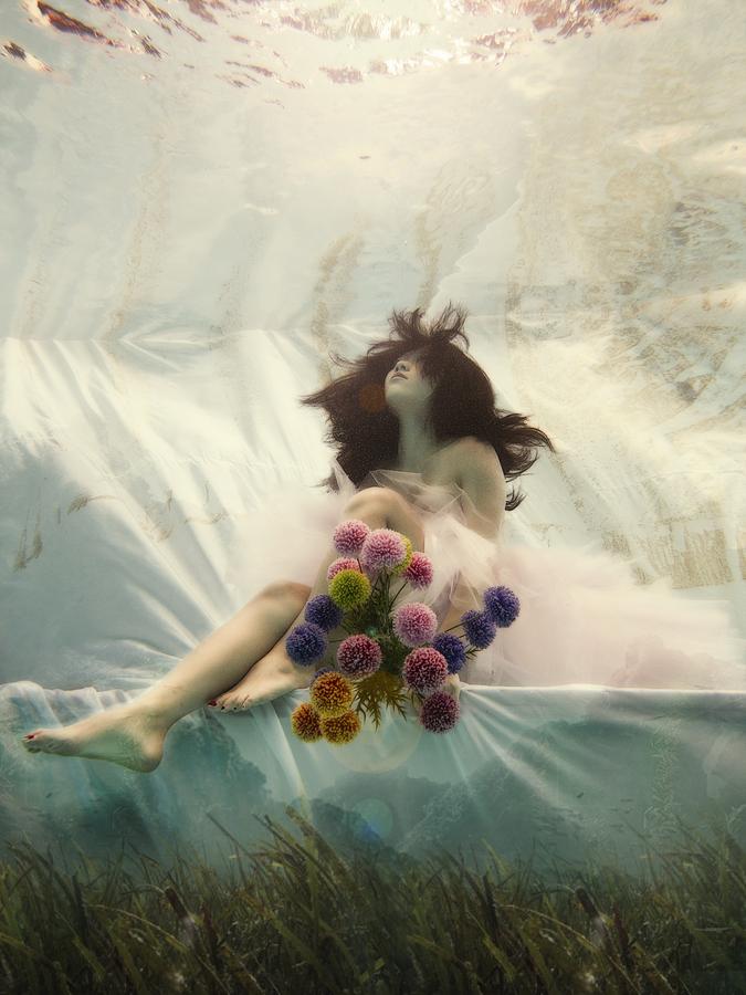 ada wang bride underwater