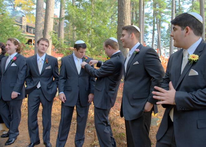 lexi-and-mike-wedding-groomsmen-migis-lodge-_-glitterinc.com