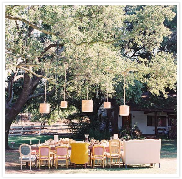 safari-inspired-wedding-ideas-eclectic-tablescape