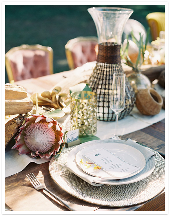 safari-inspired-wedding-ideas-tablescape-place-setting
