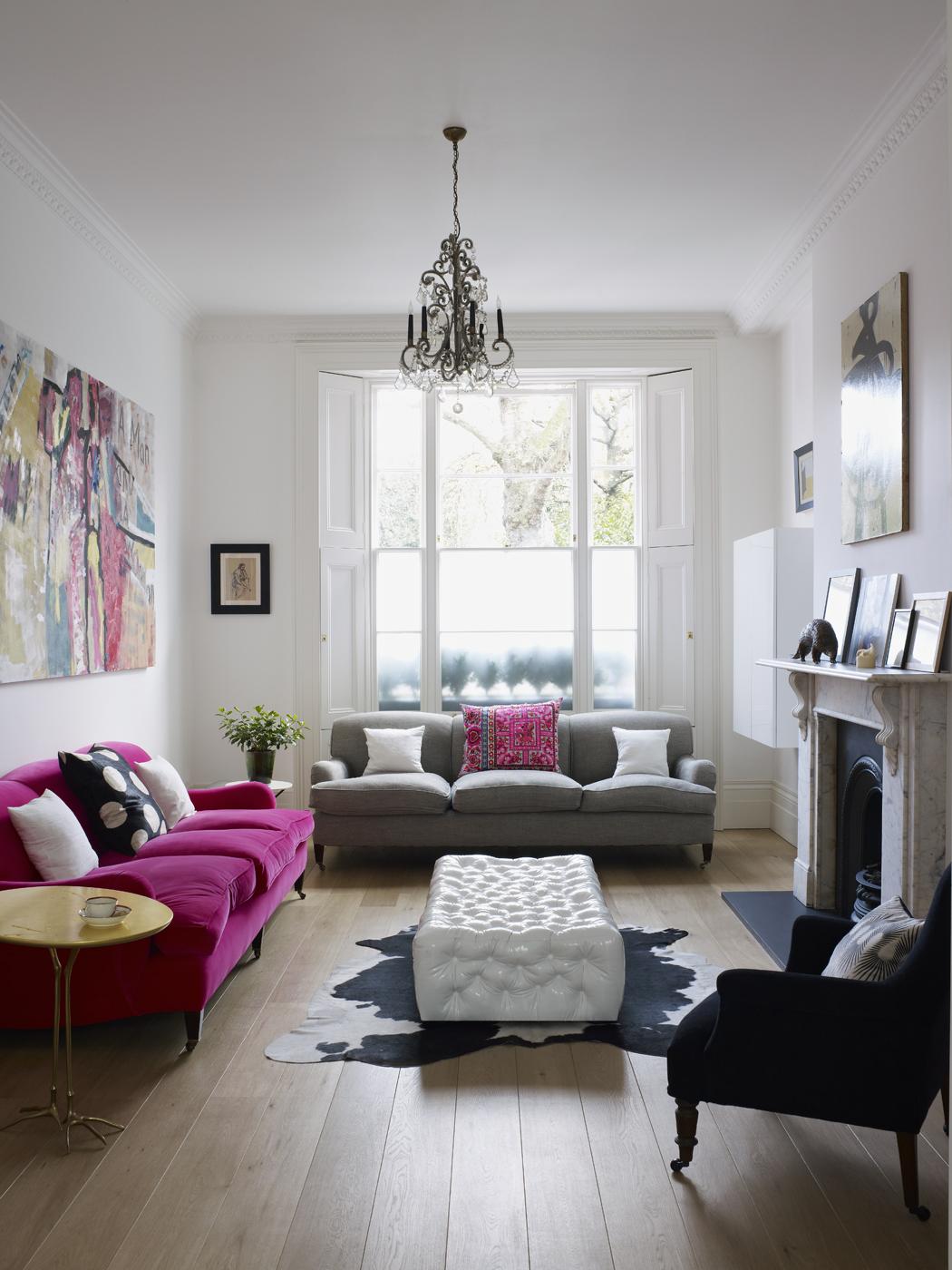 Modern meets classic home glitter inc glitter inc for Townhouse living room ideas
