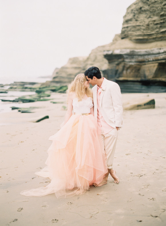 ashley kelemen beachshoot-pink-beach-wedding-tulle-dress