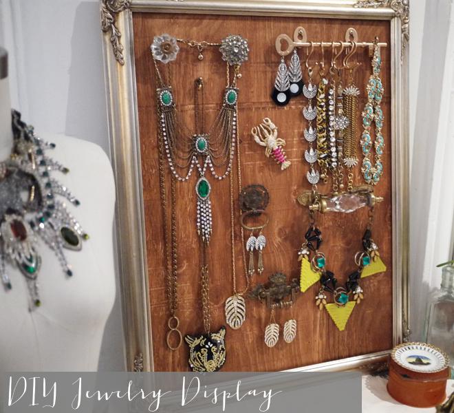 diy frame vintage jewelry display _ glitterinc.com