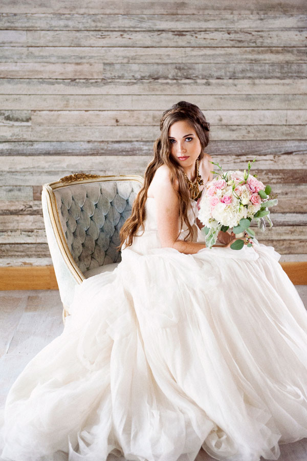 flowy layered tulle wedding dress bouquet