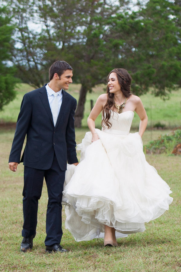 flowy layered tulle wedding dress couple 2
