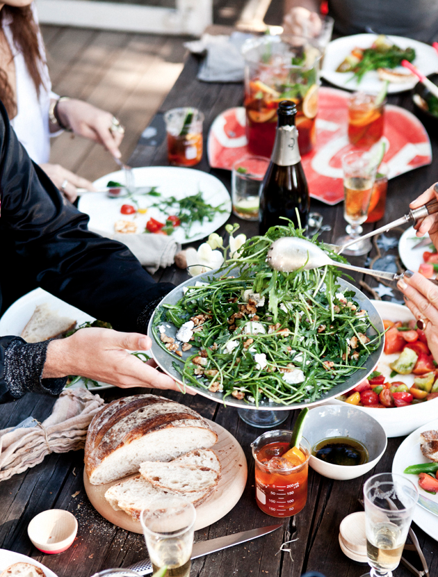 A Gathering With Kinfolk Brunch In Oregon: Dinner Party Gatherings