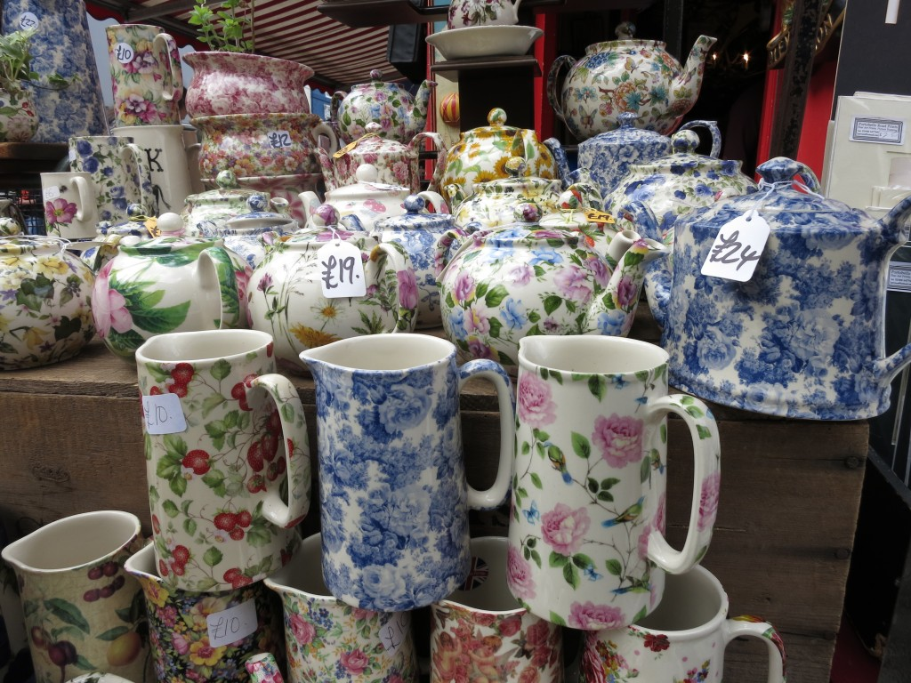 London Portobello Market ceramic mugs teapots _ glitterinc.com