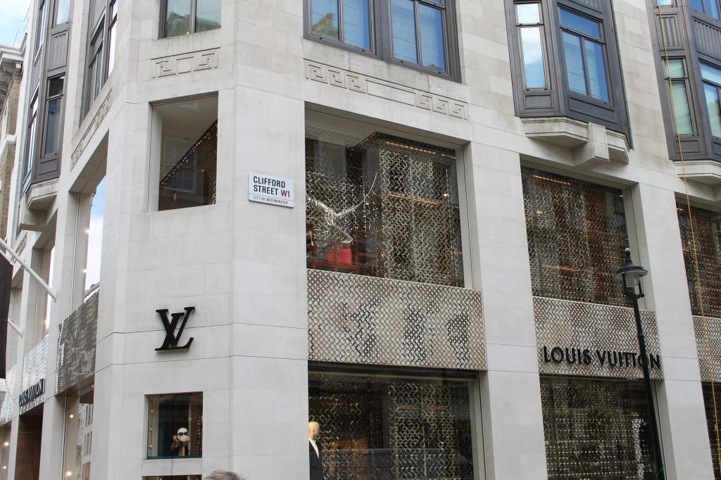 London travel vacation shopping Louis Vuitton bond street _ glitterinc.com