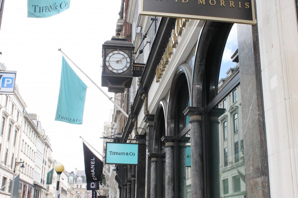 London vacation tiffany co. shopping travel _ glitterinc.com