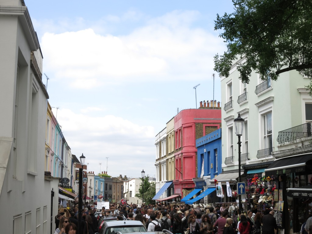 Portobello Market London Vacation _ glitterinc.com