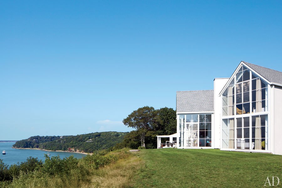 shelter island beach house glass windows water-exterior