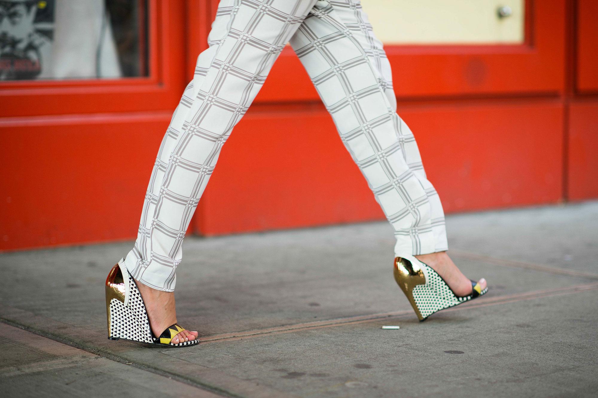 new-york-fashion-week-street-style-pants geometric wedges