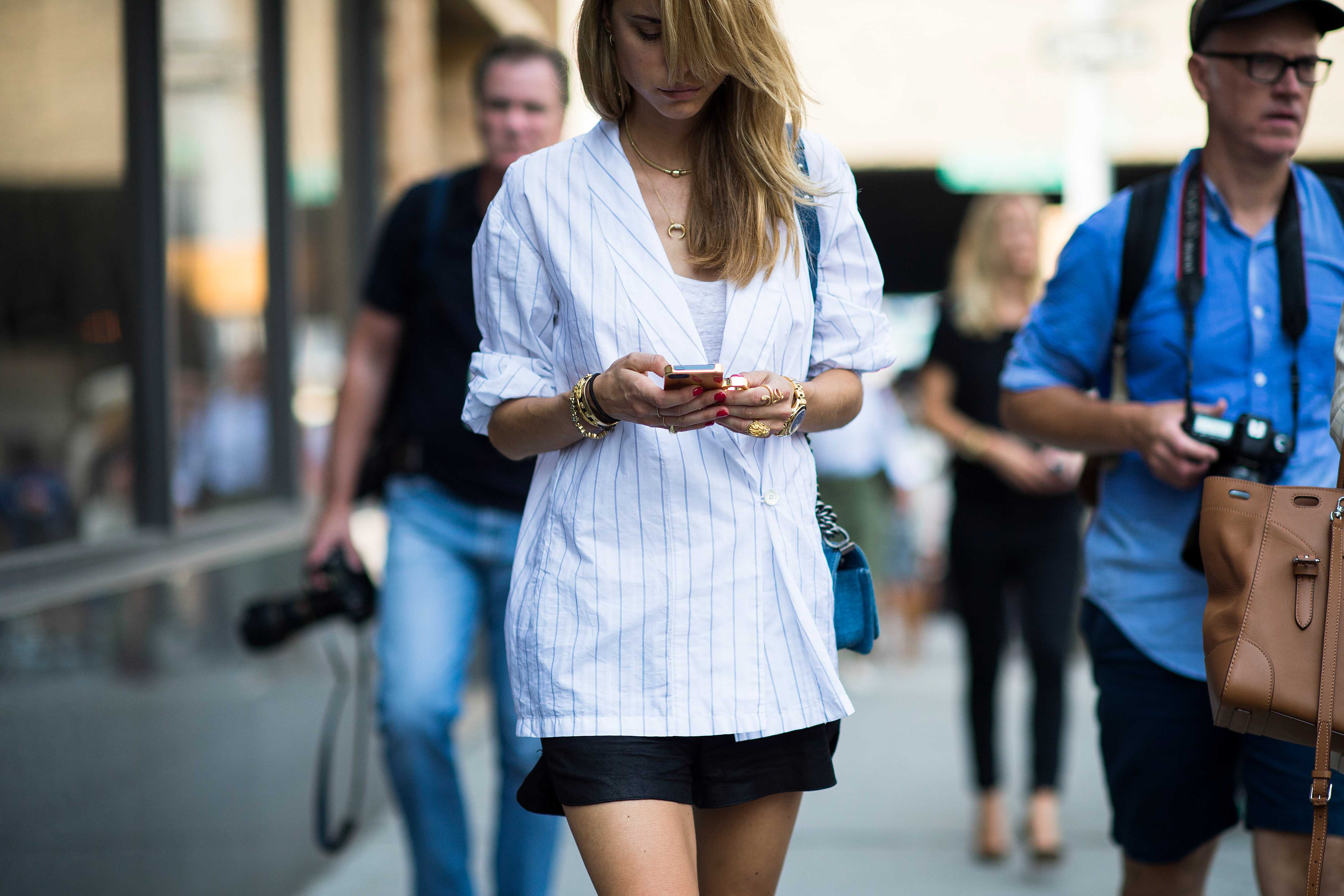 new-york-fashion-week-street-style-stripe blazer skirt