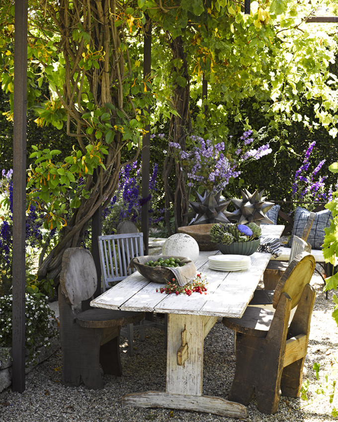 Garden al fresco vines ocean malibu beach house cottage