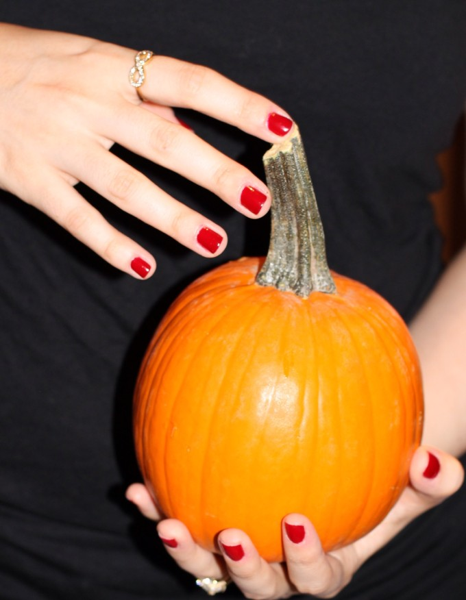 rimmel london classical red manicure pumpkin nails fall lexi 5 _ glitterinc.com