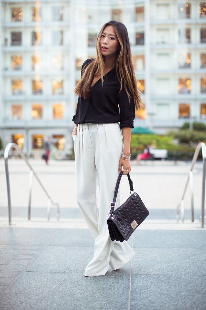 Style Tips: Wide Leg Jeans pictures