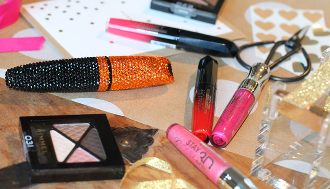 Rimmel-Stocking-Stuffers-gifts-beauty-makeup-swarovski-mascara-giveaway