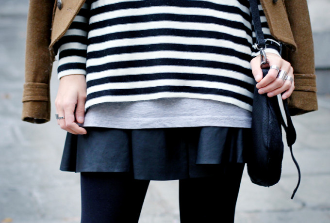 Stripes-outfit-leather-skirt-street-style-12
