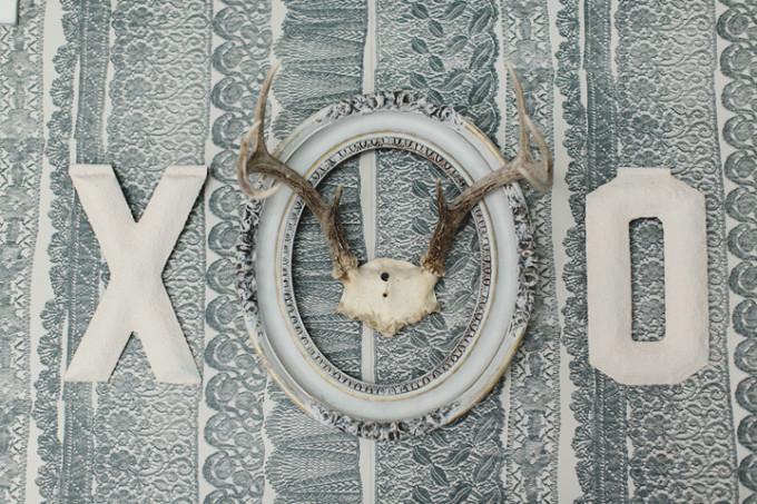 xox deer antlers lace wallpaper vintage frame