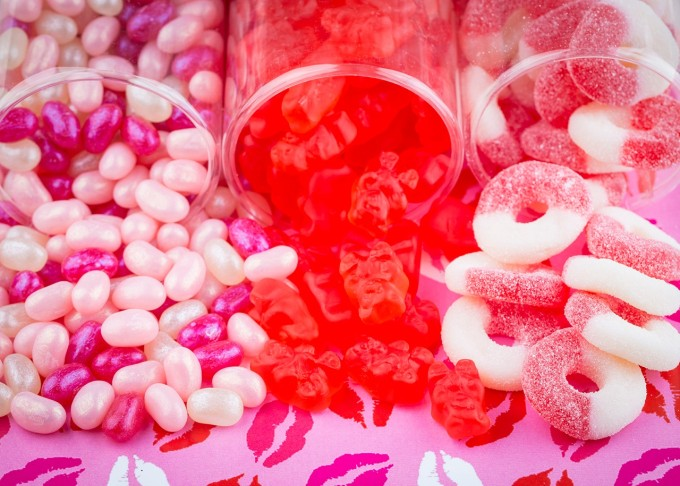 a sweet delivery valentines day giveaway candy gummies