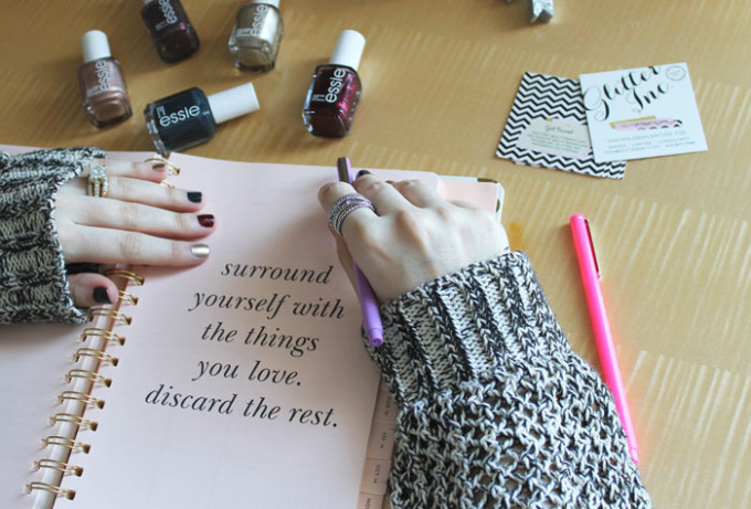 jewel-and-gem-tones-nails-manicure-kate-spade-surround-yourself-with-the-things-you-love-discard-the-rest-_-glitterinc.com
