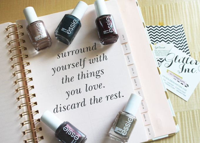 jewel-and-gem-tones-target-nails-manicure-essie-kate-spade-surround-yourself-with-the-things-you-love-discard-the-rest-_-glitterinc.com