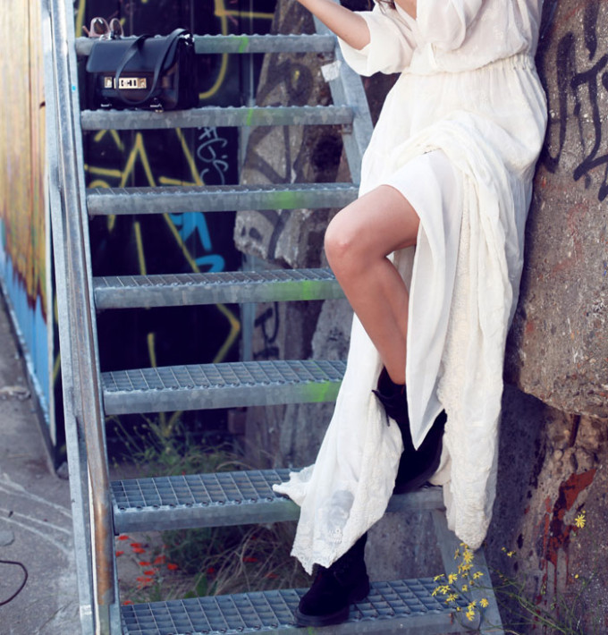 long-white-lace-maxi-dress-doc-dr.-martens-docs-boots