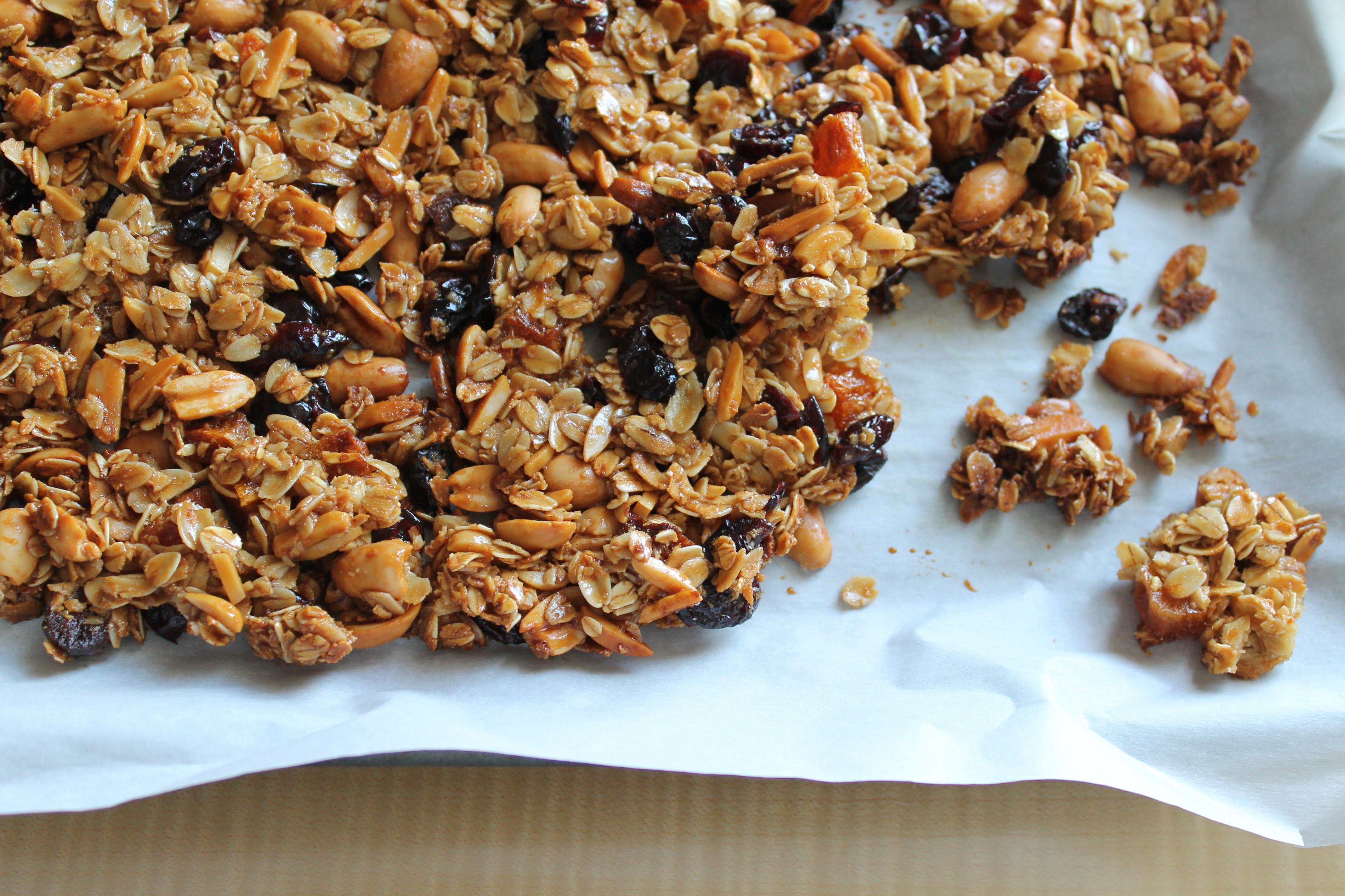 perfect clumpy granola dried fruit nuts clumps recipe_ glitterinc.com