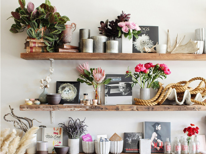 twig&twine-shelves-flowers-design