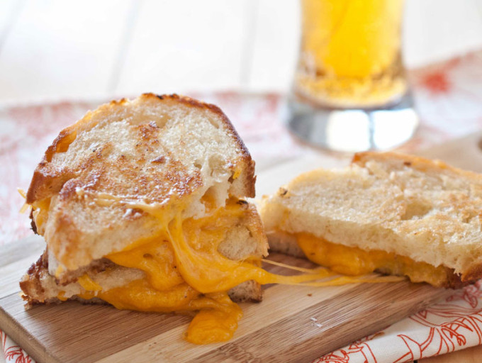15 Grown-up Grilled Cheese Sandwich Recipes {Slideshow ...