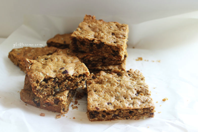 Healthy-Peanut-Butter-Oatmeal-Chocolate-Chip-Cookie-Bars-6---glitterinc.com