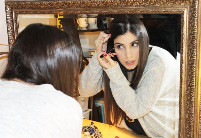 Lexi-COVERGIRL-Bombshell-eyeliner-fashion-blogger-_-glitterinc.com