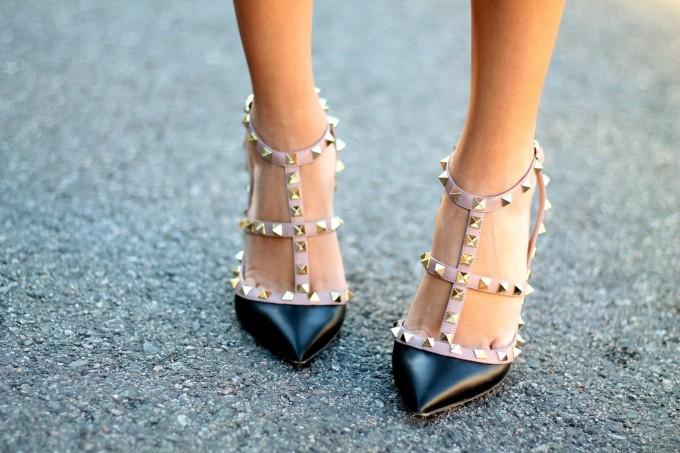 valentino rockstud studded pumps heels
