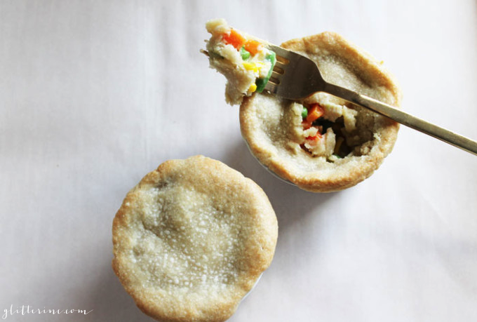 Easy-Chicken-Pot-Pie-glitterinc.com_1