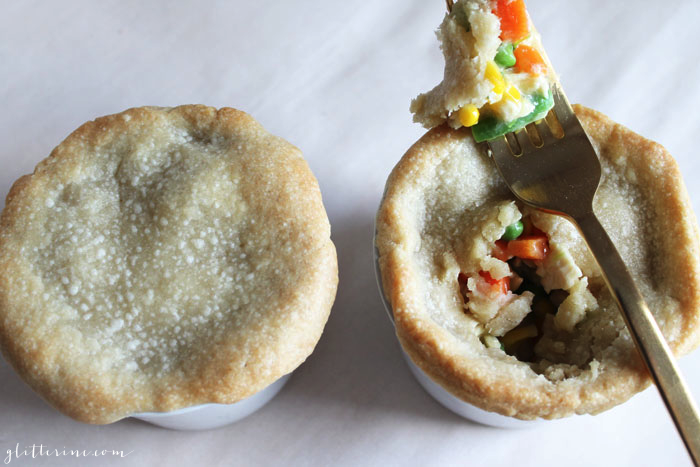 Easy-as-1-2-3-Chicken-Pot-Pie-Dinner---glitterinc.com