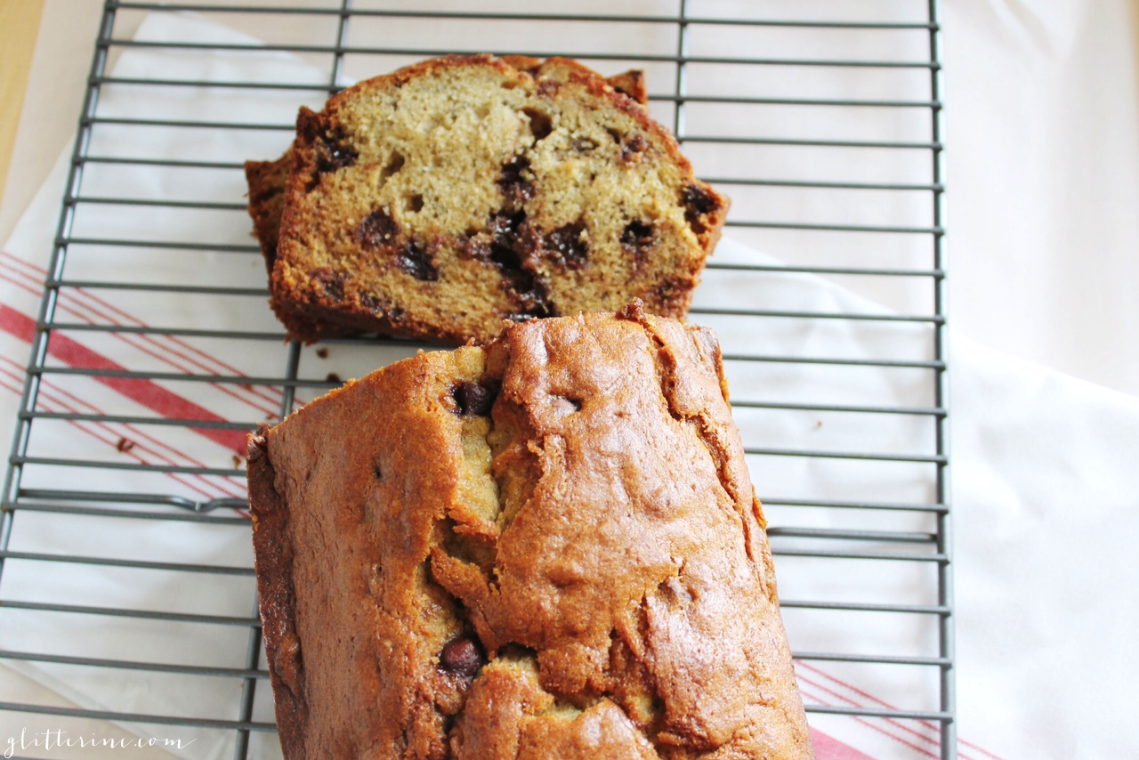 Homemade Milk Chocolate Chip Banana Bread - glitterinc.com