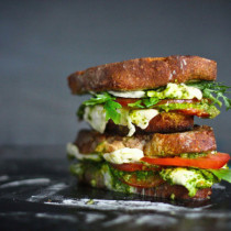 Caprese-Mozarella-Tomato-with-Arugala-Pesto-Grilled-Cheese-Sandwich-680x453