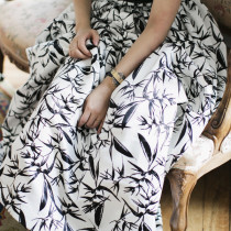 Park-and-Cube_Alice-Olivia_full-maxi-skirt-black-white