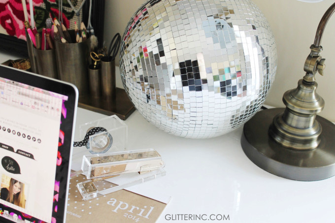 beautiful-inspiration-disco-ball-desk-blogger-glitterinc.com_