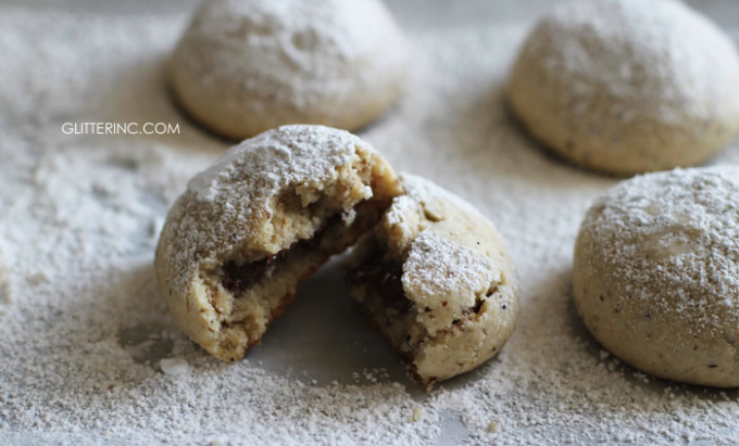 Nutella-Filled Hazelnut Shortbread Cookies {Recipe ...