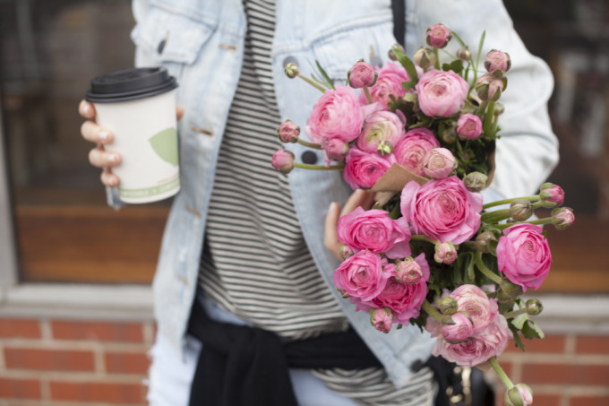 pink-ranunculas-flowers-coffee-weekend-stripes-denim